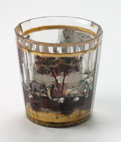 Zwischengoldglas-Becher mit Jagdmotiven