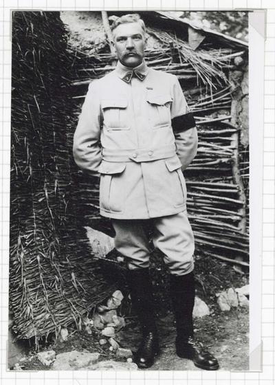 FRBMAN-005 Emile Dupond, lieutenant en aérostation en 1916