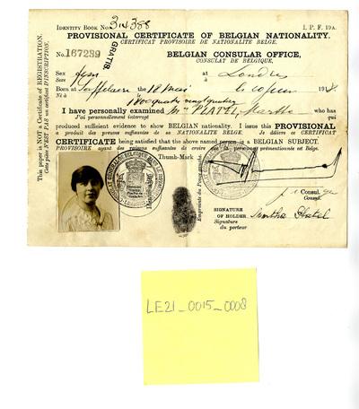 Voorlopig identiteitsbewijs van Martha Platel voor verblijf in Engeland tijdens WOI
