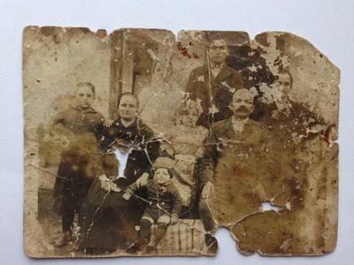 Familia Lazăr