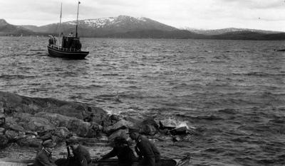Utfart til Torghatten med handelsreisebåten Skarv