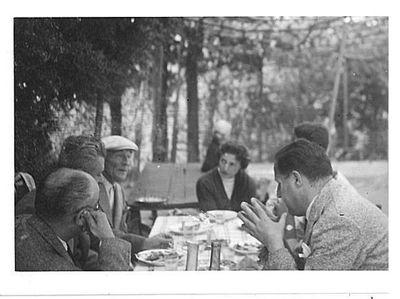 Capitini, Walter Binni, Luisa Schippa e tre persone