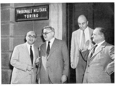 Capitini davanti al tribunale militare di Torino con Marcucci e Calosso