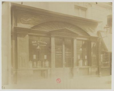 Boutique d'apothicaire (Empire) : 14 Rue de Grammont : [photographie] / [Atget]