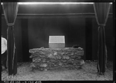 9/1/21, pose de la première pierre de la station de T.S.F. de Sainte-Assise [près de Seine-Port, Seine-et-Marne] : [photographie de presse] / [Agence Rol]