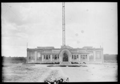 Station continentale [de T.S.F. de Sainte-Assise] : [photographie de presse] / [Agence Rol]