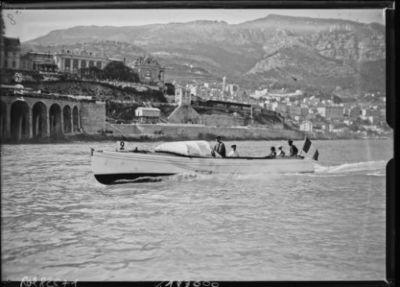 20-4-23 [i.e. 19 avril 1923], Monaco, Flirt [cruiser, participant à la Coupe de Monaco] : [photographie de presse] / [Agence Rol]