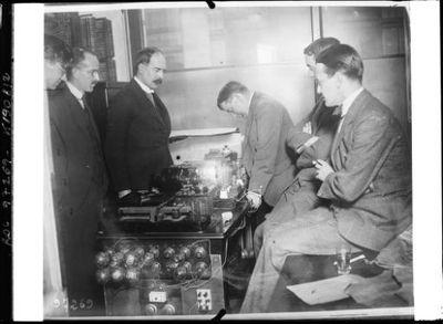 Londres, transmission en Amérique par TSF système Marconi d'une photo [30 novembre 1924] : [photographie de presse] / [Agence Rol]
