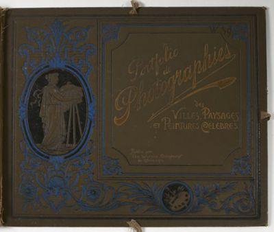 [Portfolio de photographies. Villes... rassemblées par J.L. Stoddard. Paris, Werner Company de Chicago, 1894. 16 fascicules, 256 phot]