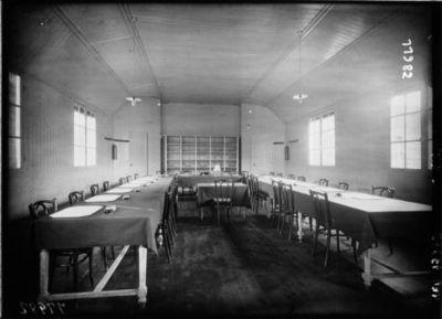 Hôpital Edith Carell : institut de Puériculture : salle d'Etudes : [photographie de presse] / Agence Meurisse