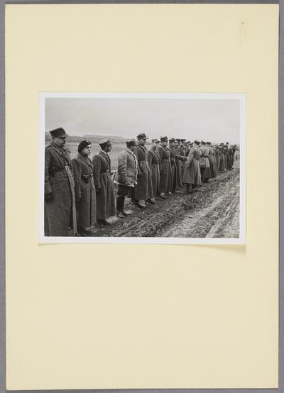 General Kleeberg und polnische Soldaten