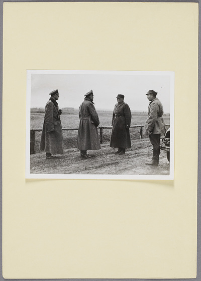 Kapitulation des polnischen Generals Franciszek Kleeberg