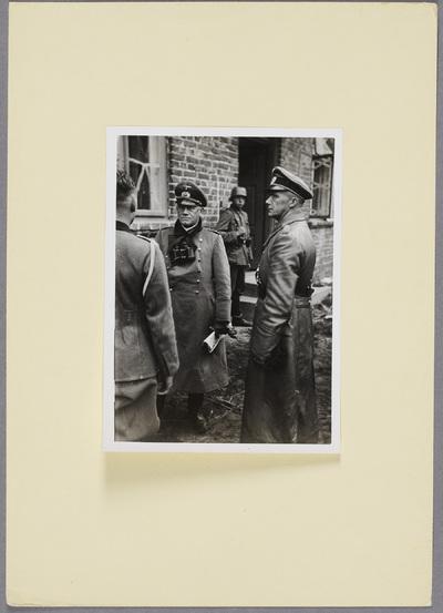 Generalleutnant Paul Otto und General der Panzertruppen Traugott Herr