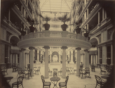 San Francisco: Interior of court of the Palace Hotel