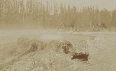 Yellowstone: Upper Geyser Basin : the Punch Bowl (10 feet in diameter)