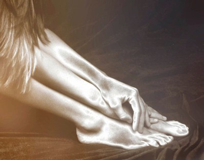 Body shapes, female, hands and feet