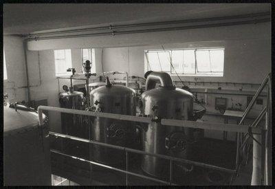 Productieruimte van Melkproductenfabriek Omefa