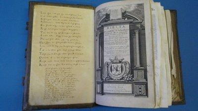 Statenbijbel van baron Lubbert-Adolf Torck, heer van Rosendael, burgemeester van Wageningen, 1723