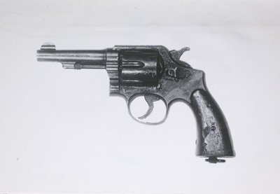 KM Revolver Smith and Wesson special 9.65 mm.KL Revolver Smith and Wesson.