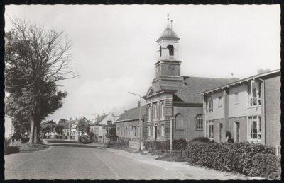 De N.H. Kerk aan de Dorpsstraat.