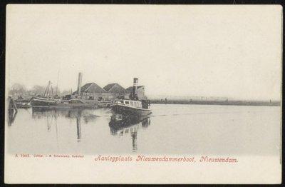 Aanlegplaats Nieuwendammerboot.