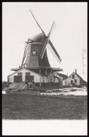 Houtzaagmolen Het Herderskind, gebouwd 1643, verbrand mei 1908