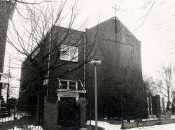 Schoolgebouw Warande 157, in 1901 gebouwd voor de Jozefschool 3e sectie, de latere Aloysiusschool. Nog later in gebruik door de Vincentiusschool, De Antonius-ULO, en de           Maria Gorettischool. Laatste schoolgebruik was als dependance van de Rijnmondschool (een r.k. LOM-school). Nadien ateliers voor kunstenaars.