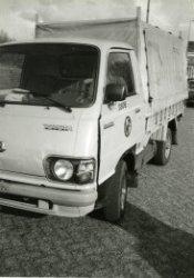 Bedrijfswagen voor intern transport magazijjndienst.