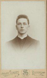 Jeugdportret van Piet Zoetmulder, vanaf 1897 Witte Pater en missionaris in Congo.
