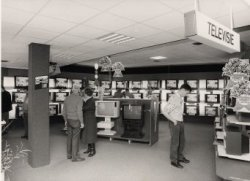 De verkoopruimte van Radio Modern (later It's Electronics) aan de Nieuwpoortweg 2.