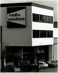 Radio Modern op de Nieuwpoortweg.