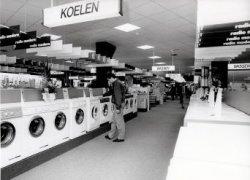 De verkoopruimte van Radio Modern aan de Nieuwpoortweg.