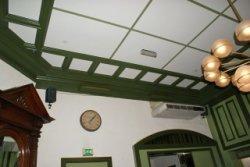 Gedeelte van het plafond van het pand aan de Schiedamseweg 26. Dit voormalige raadhuis van Kethel is gebouwd in 1890.