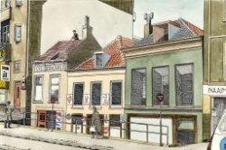 Gezicht op de huizen aan de Broersvest 37-41, met links de rijwielstalling en bodedienst van C. Stokhof, rechts daarvan café-billard