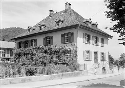 Fotografie | Waldenburg, Bezirksschule, Hauptstrasse 131