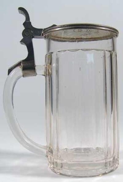 Bierseidel mit Zinndeckel