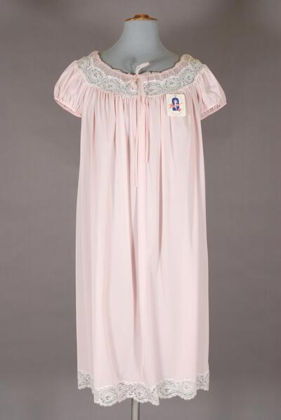 Nachthemd mit floraler Raschelspitze für Damen