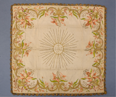 Kelchdecke (Kelchvelum), bestickt, Anfang 18. Jahrhundert