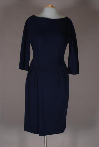 Dunkelblaues Kleid mit angeschnittenem Ärmel, für Damen