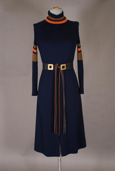 Dunkelblaues Kleid mit gestreiften Strickärmeln, für Damen
