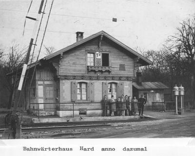 Um 1925: Bahnwärterhäuschen in der Hard