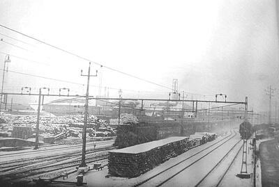 1970 Bahnanlage westlich des Bahnhofes im Winter