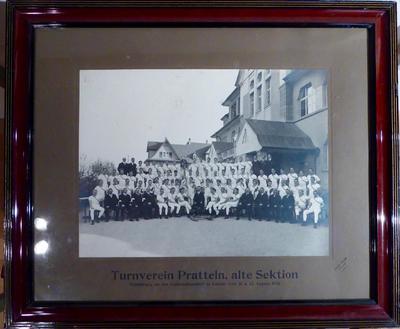 Bild mit Rahmen ; Turnverein AS Pratteln   Erinnerung an das Kantonalturnfest in Liestal 1920