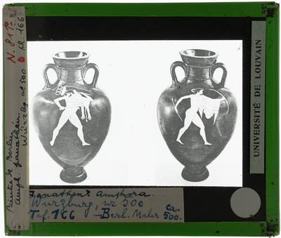 Oud-Grieks aardewerk. Berliner Maler. Amfora De strijd om de drievoet van Delphi. Voor- en achterzijde. Herakles en Apollo