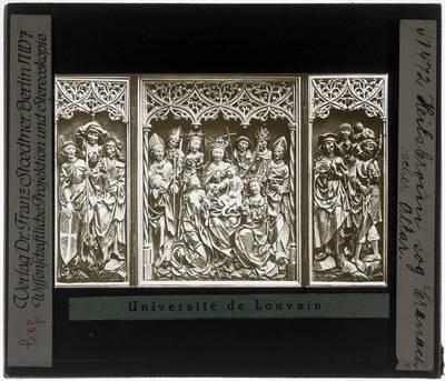 Altaar van de Veertien Noodhelpers Voorzijde: Maria met Christus op troon