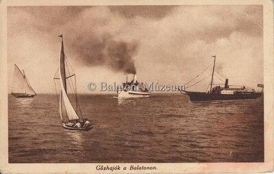 Gőzhajók a Balatonon.