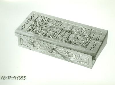 Faragás /Egy részes figurális fedelű kulcsos doboz/