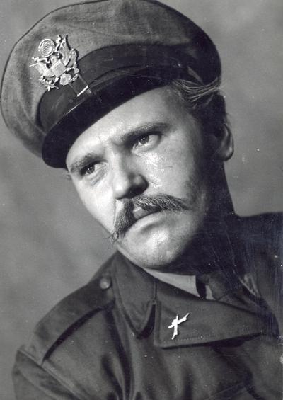 Roger Vailland - Foster ezredes bűnösnek vallja magát