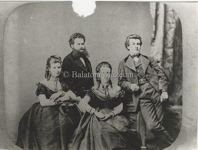 Deininger Imre, családja körében