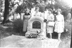 Kemény János vendéglős síremléke Debrecen